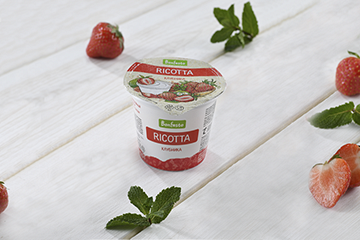 "<span>Ricotta</span><br> <span>with filler</span><br> <span>""Strawberry""</span>"